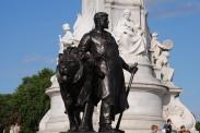 Statues 13